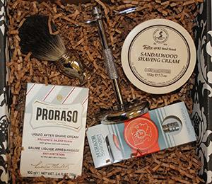 Merkur Shaving Kit (Shaving Gift Set with Merkur Safety Razor)